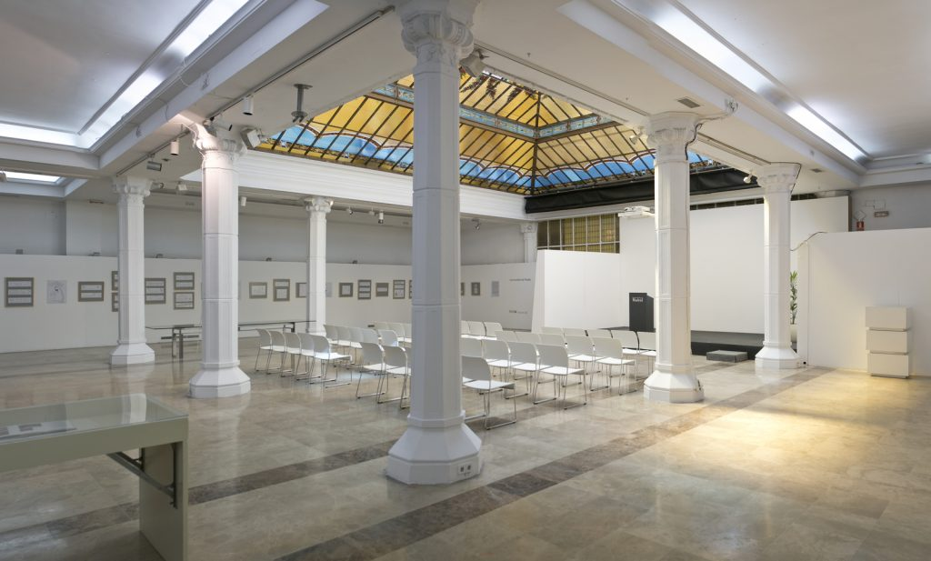 Sala Diario Madrid para alquilar en Madrid perfecta tanto para reuniones como para convenciones corporativas
